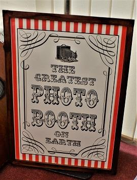 DJ Gavin Vaclavik vintage themed photo booth