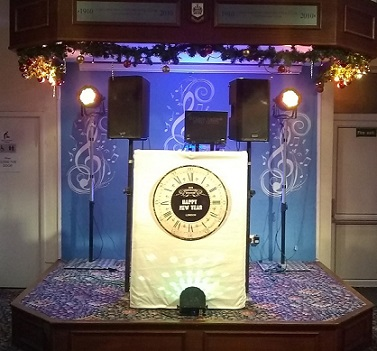 DJ Gavin Vaclavik new years eve set up